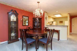 Photo 3: 212 1085 Tillicum Rd in Esquimalt: Es Kinsmen Park Condo for sale : MLS®# 834673
