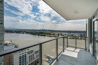 "Photo 14: 2409 988 QUAYSIDE Drive in New Westminster: Quay Condo for sale in ""QUAY"" : MLS®# R2485864"