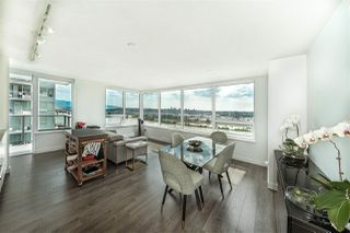 "Photo 3: 2409 988 QUAYSIDE Drive in New Westminster: Quay Condo for sale in ""QUAY"" : MLS®# R2485864"