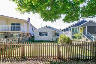 Photo 19: 5059 SHERBROOKE Street in Vancouver: Knight House for sale (Vancouver East)  : MLS®# R2494854