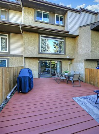 Photo 30: 14 310 BROOKMERE Road SW in Calgary: Braeside Row/Townhouse for sale : MLS®# A1031806