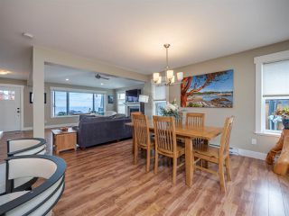 """Photo 6: 5537 PEREGRINE Crescent in Sechelt: Sechelt District House for sale in """"Silverstone Heights"""" (Sunshine Coast)  : MLS®# R2499583"""