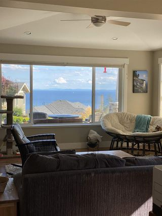 """Photo 23: 5537 PEREGRINE Crescent in Sechelt: Sechelt District House for sale in """"Silverstone Heights"""" (Sunshine Coast)  : MLS®# R2499583"""
