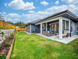 """Photo 21: 5537 PEREGRINE Crescent in Sechelt: Sechelt District House for sale in """"Silverstone Heights"""" (Sunshine Coast)  : MLS®# R2499583"""