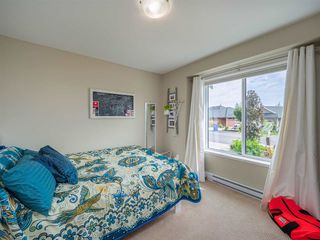 """Photo 17: 5537 PEREGRINE Crescent in Sechelt: Sechelt District House for sale in """"Silverstone Heights"""" (Sunshine Coast)  : MLS®# R2499583"""