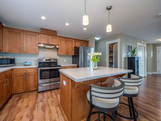 """Photo 9: 5537 PEREGRINE Crescent in Sechelt: Sechelt District House for sale in """"Silverstone Heights"""" (Sunshine Coast)  : MLS®# R2499583"""
