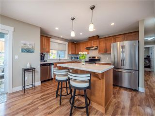 """Photo 8: 5537 PEREGRINE Crescent in Sechelt: Sechelt District House for sale in """"Silverstone Heights"""" (Sunshine Coast)  : MLS®# R2499583"""