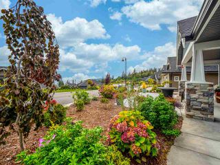 """Photo 19: 5537 PEREGRINE Crescent in Sechelt: Sechelt District House for sale in """"Silverstone Heights"""" (Sunshine Coast)  : MLS®# R2499583"""