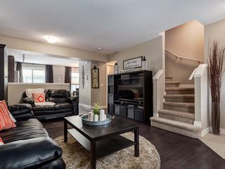 Photo 5: 1129 Mckenzie Towne Row SE in Calgary: McKenzie Towne Row/Townhouse for sale : MLS®# A1044887