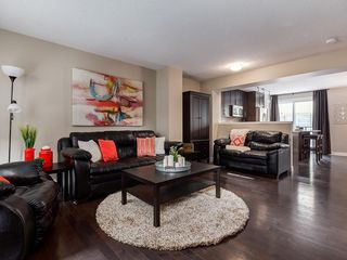 Photo 6: 1129 Mckenzie Towne Row SE in Calgary: McKenzie Towne Row/Townhouse for sale : MLS®# A1044887