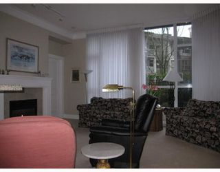 "Photo 5: 107 4685 VALLEY Drive in Vancouver: Quilchena Condo for sale in ""MARGUERITE HOUSE"" (Vancouver West)  : MLS®# V808771"