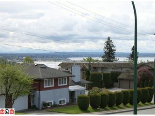 "Photo 9: 1231 FINLAY Street: White Rock House for sale in ""VISTA HILLS"" (South Surrey White Rock)  : MLS®# F1011762"