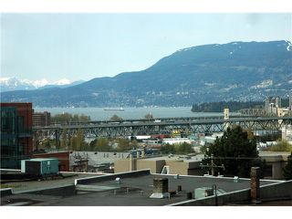"Photo 10: 607 1068 W BROADWAY in Vancouver: Fairview VW Condo for sale in ""THE ZONE"" (Vancouver West)  : MLS®# V851960"