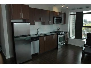 "Photo 5: 607 1068 W BROADWAY in Vancouver: Fairview VW Condo for sale in ""THE ZONE"" (Vancouver West)  : MLS®# V851960"