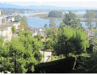 Photo 8: 510 70 RICHMOND Street in New Westminster: Fraserview NW Condo for sale : MLS®# V852237