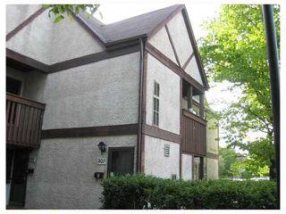 Photo 1: 72 111 SWINDON Way in WINNIPEG: River Heights / Tuxedo / Linden Woods Condominium for sale (South Winnipeg)  : MLS®# 2911205