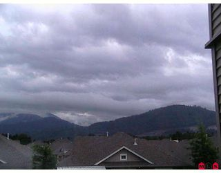 """Photo 4: 203 45753 STEVENSON Road in Sardis: Sardis East Vedder Rd Condo for sale in """"PARK PLACE 2"""" : MLS®# H2900141"""