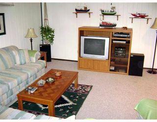 Photo 8: 120 BRACKEN Avenue in WINNIPEG: Birdshill Area Residential for sale (North East Winnipeg)  : MLS®# 2901808