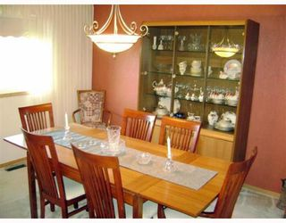 Photo 3: 120 BRACKEN Avenue in WINNIPEG: Birdshill Area Residential for sale (North East Winnipeg)  : MLS®# 2901808