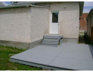 Photo 8: 1386 ALEXANDER Avenue in WINNIPEG: Brooklands / Weston Residential for sale (West Winnipeg)  : MLS®# 2913735