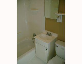 Photo 7: 1386 ALEXANDER Avenue in WINNIPEG: Brooklands / Weston Residential for sale (West Winnipeg)  : MLS®# 2913735