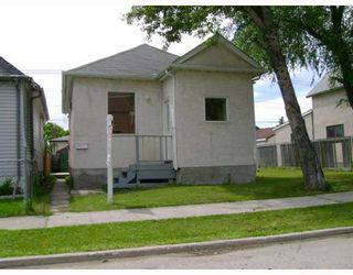 Photo 1: 1386 ALEXANDER Avenue in WINNIPEG: Brooklands / Weston Residential for sale (West Winnipeg)  : MLS®# 2913735