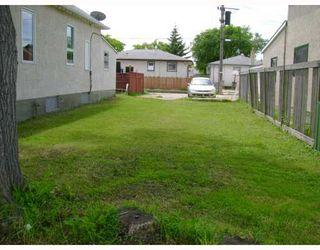 Photo 9: 1386 ALEXANDER Avenue in WINNIPEG: Brooklands / Weston Residential for sale (West Winnipeg)  : MLS®# 2913735