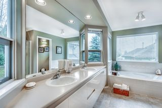 Photo 13: 142 PARKSIDE Drive in Port Moody: Heritage Mountain House for sale : MLS®# R2437371
