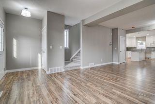 Photo 3: 10359 149 Street in Edmonton: Zone 21 House Half Duplex for sale : MLS®# E4189241
