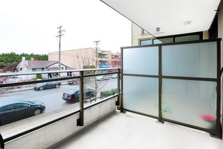 """Photo 15: 201 1455 GEORGE Street: White Rock Condo for sale in """"AVRA"""" (South Surrey White Rock)  : MLS®# R2442522"""