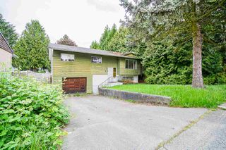 Photo 1: 9110 128 Street in Surrey: Queen Mary Park Surrey House for sale : MLS®# R2458041