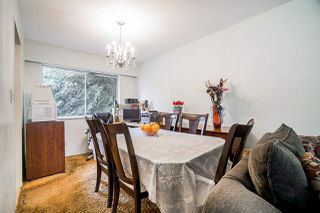 Photo 5: 9110 128 Street in Surrey: Queen Mary Park Surrey House for sale : MLS®# R2458041
