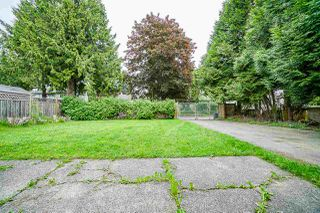 Photo 13: 9110 128 Street in Surrey: Queen Mary Park Surrey House for sale : MLS®# R2458041