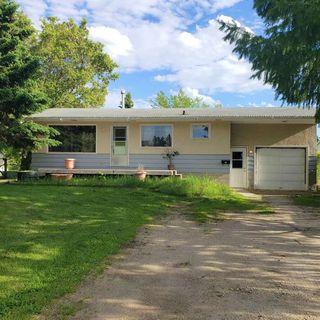 Photo 1: 5117 45 Avenue: Millet House for sale : MLS®# E4201245