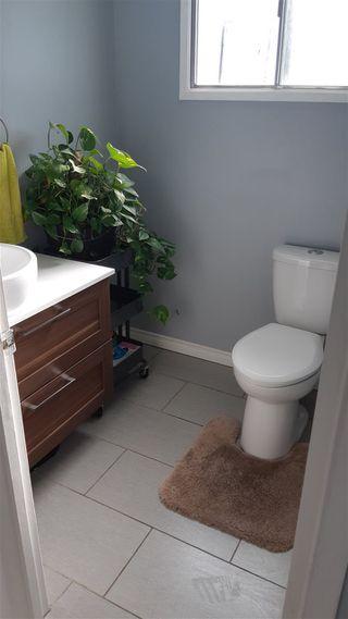 Photo 10: 813 MILLBOURNE Road E in Edmonton: Zone 29 House Half Duplex for sale : MLS®# E4206639