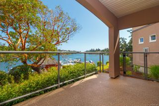 Photo 9: 4 1083 Tillicum Rd in : Es Kinsmen Park Condo for sale (Esquimalt)  : MLS®# 851611