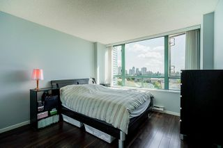 """Photo 14: 805 6622 SOUTHOAKS Crescent in Burnaby: Highgate Condo for sale in """"The Gibraltar"""" (Burnaby South)  : MLS®# R2488698"""