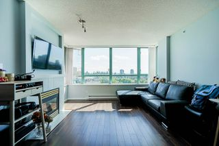 """Photo 5: 805 6622 SOUTHOAKS Crescent in Burnaby: Highgate Condo for sale in """"The Gibraltar"""" (Burnaby South)  : MLS®# R2488698"""