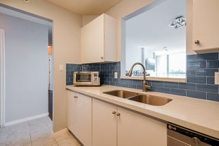 """Photo 3: 805 6622 SOUTHOAKS Crescent in Burnaby: Highgate Condo for sale in """"The Gibraltar"""" (Burnaby South)  : MLS®# R2488698"""