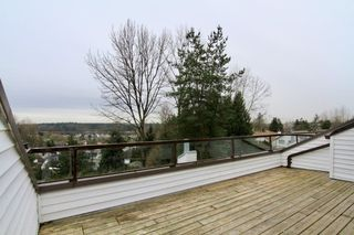 """Main Photo: 305 11726 225 Street in Maple Ridge: East Central Townhouse for sale in """"Royal Terrace"""" : MLS®# R2495157"""