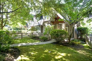 Photo 2: 7 8415 CUMBERLAND PLACE in Burnaby: The Crest Townhouse for sale (Burnaby East)  : MLS®# R2490948