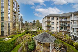 """Photo 27: 306 1588 BEST Street: White Rock Condo for sale in """"THE MONTEREY"""" (South Surrey White Rock)  : MLS®# R2520962"""