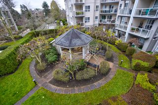 """Photo 26: 306 1588 BEST Street: White Rock Condo for sale in """"THE MONTEREY"""" (South Surrey White Rock)  : MLS®# R2520962"""