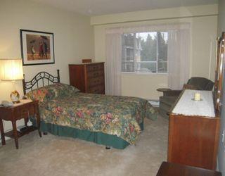 "Photo 7: 305 2020 CEDAR VILLAGE Crescent in North Vancouver: Lynn Valley Condo for sale in ""Kirkstone Gardens"" : MLS®# V803443"