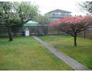 Photo 9: 2778 E 3RD Avenue in Vancouver: Renfrew VE House for sale (Vancouver East)  : MLS®# V826350