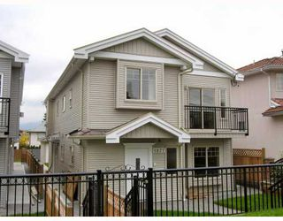Photo 1: 5825 WOODSWORTH Street in Burnaby: Central BN House 1/2 Duplex for sale (Burnaby North)  : MLS®# V748580