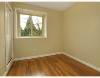 Photo 8: 5825 WOODSWORTH Street in Burnaby: Central BN House 1/2 Duplex for sale (Burnaby North)  : MLS®# V748580