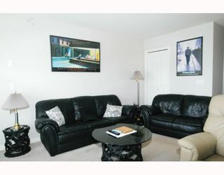Photo 2: 22 11229 232ND Street in Maple_Ridge: East Central Townhouse for sale (Maple Ridge)  : MLS®# V758144