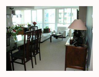 "Photo 6: 1704 120 MILROSS Avenue in Vancouver: Mount Pleasant VE Condo for sale in ""Brighton"" (Vancouver East)  : MLS®# V768069"