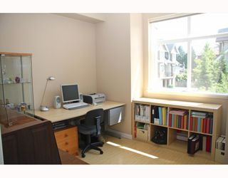 """Photo 2: 10 7322 HEATHER Street in Richmond: McLennan North Townhouse for sale in """"HEATHER GARDENS"""" : MLS®# V771223"""